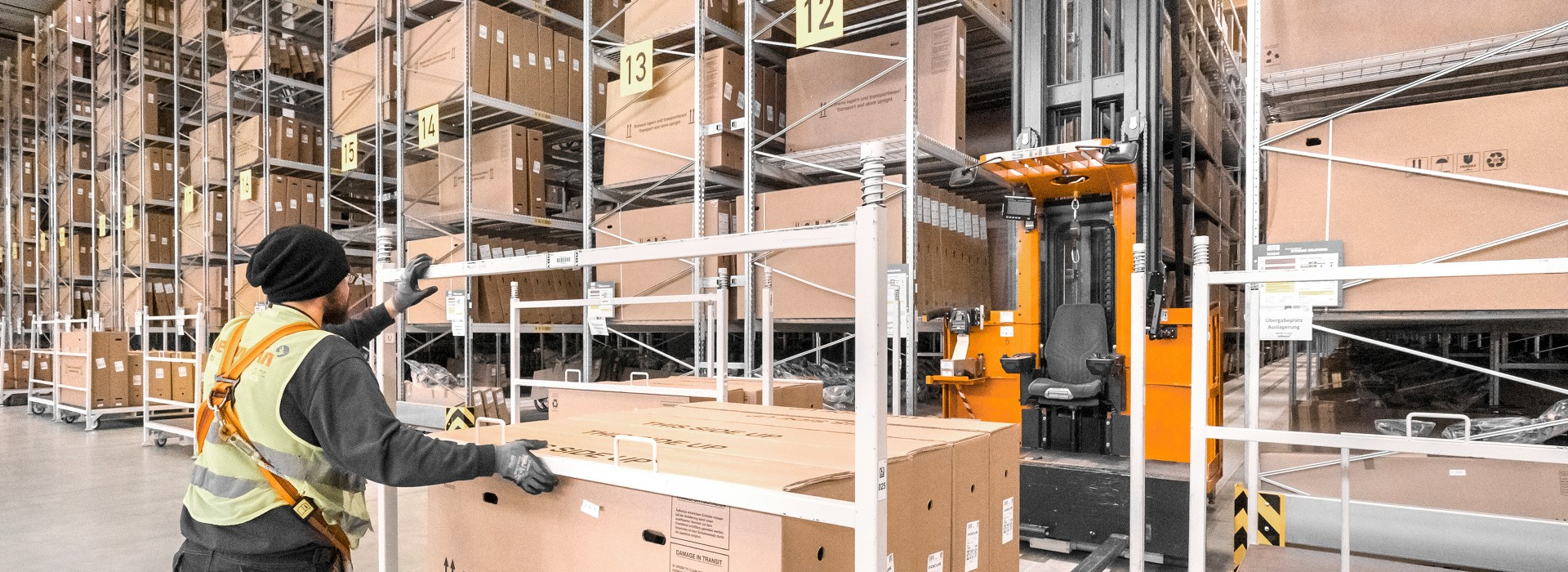 Industrie-Plus-Pakete: Logistik