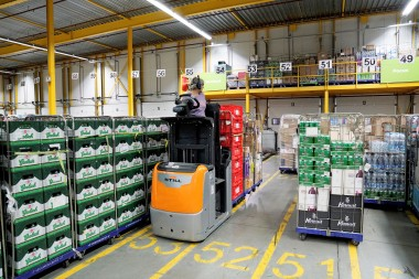 PLUS Retail modernises half of its order-picking fleet.