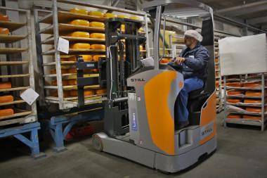 Van der Heijden Chees services, STILL levert complete lithium-ion vloot