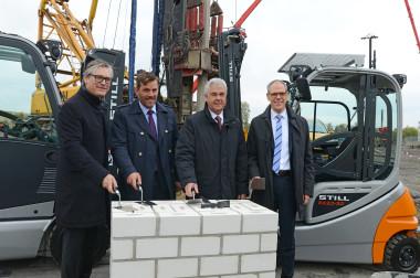 STILL und ECE legen Grundstein für neues Logistikzentrum in Hamburg