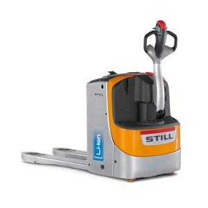STILL añade cargadores integrados a transpaletas y apiladores con batería de litio