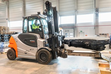 Wind turbines – STILL forklifts keep energy supply going.