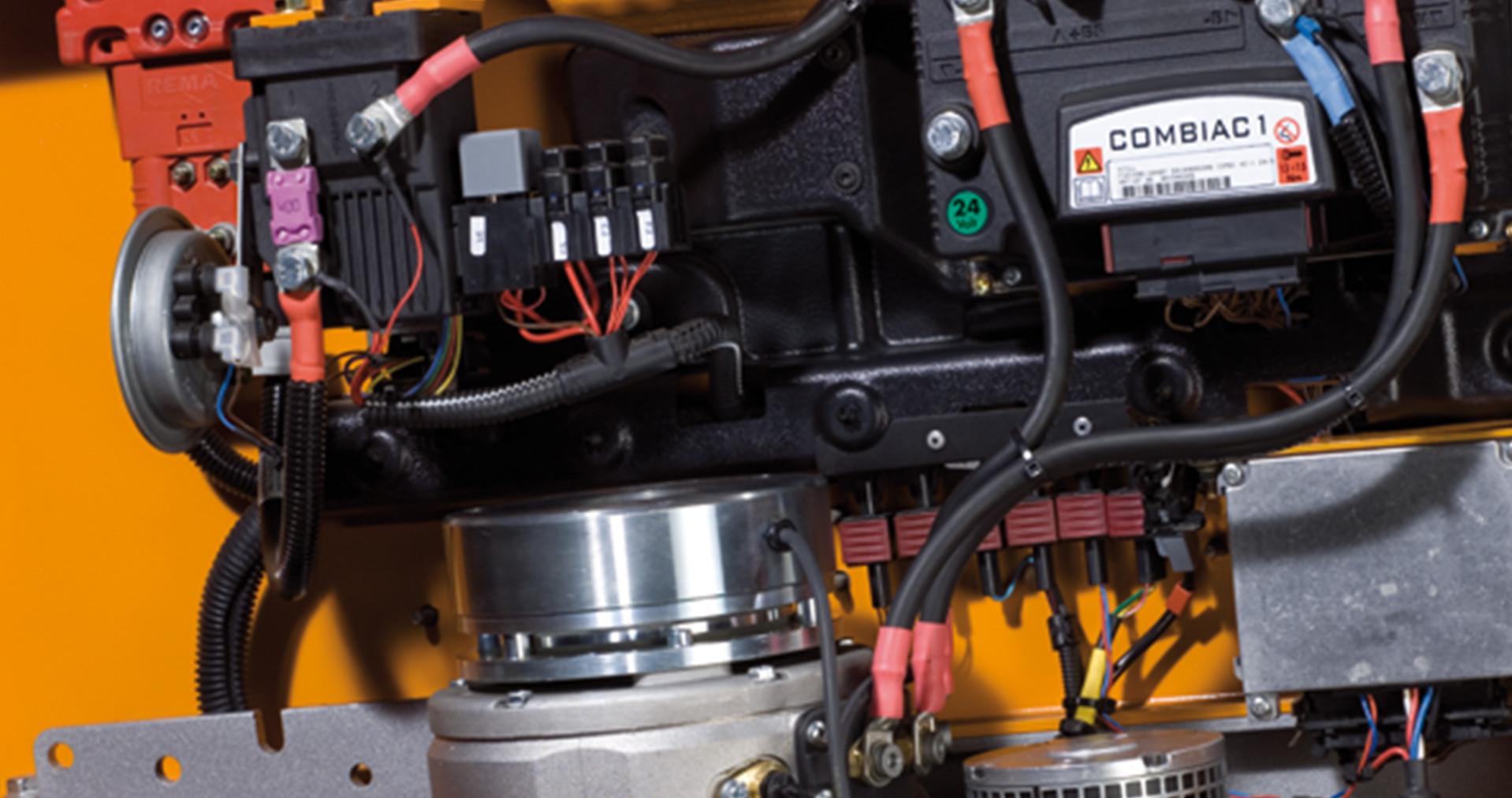 /products/Service/Spareparts/STILL_Original_Electronic_Components/images/STILL_Grafikproduktion_Service_Ersatzteile_Elektronikbauteile_4K.jpg