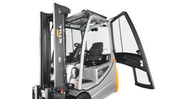 Chariot élévateur électrique RX 20 1,4 - 2,0 t - porte de cabine ouverte