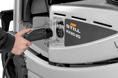 Chariot élévateur électrique RX 20 1,4 - 2,0 t - chargeur embarqué pour recharger sans enlever la batterie